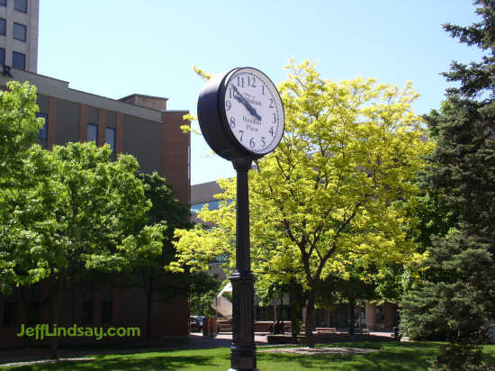 The clock at Houdini Plaza in downtown Appleton, viewed from College Avenue.