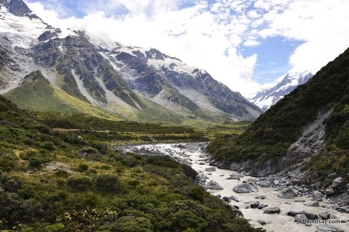 New Zealand: near Mount Cook